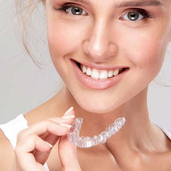 Ortodoncia Invisalign | San Lorenzo Dental